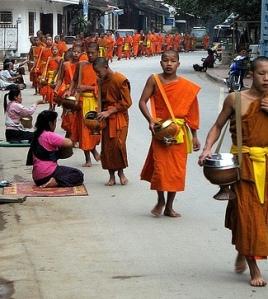Luang Prabang almsgiving 2