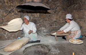 Lavash baking 1