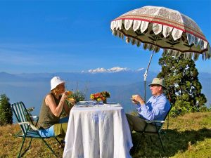 Glenburn Tea with a Private View of Mt Kanchenjunga