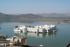 Lake Palace from city1